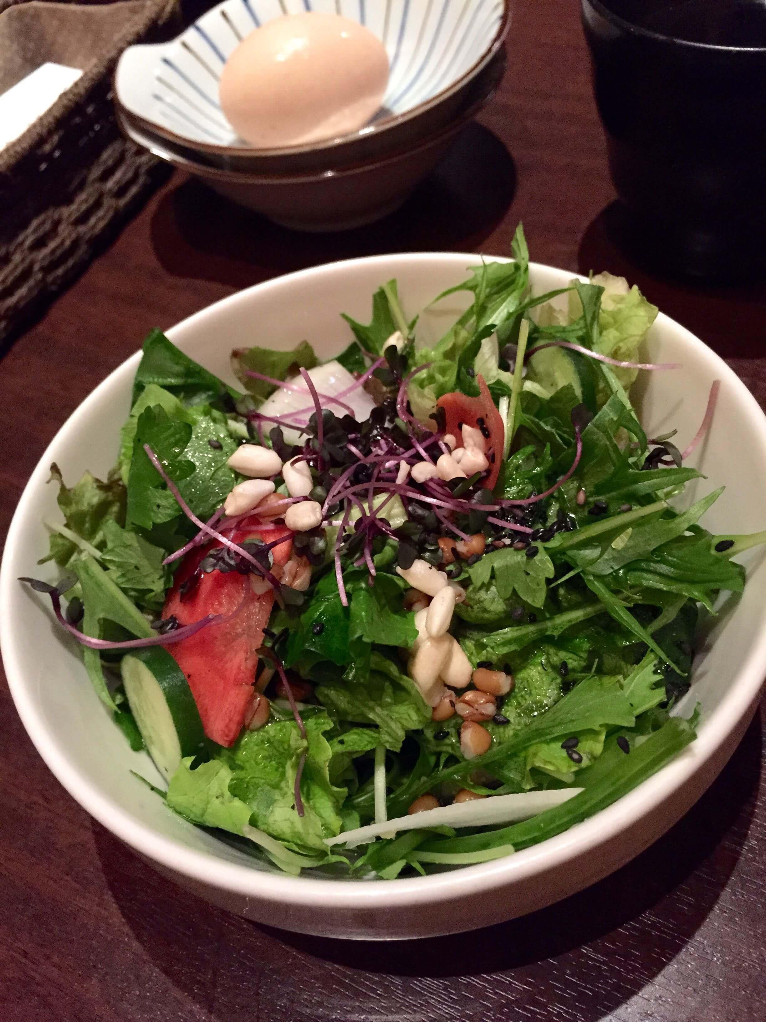花様 なんば 美味しい近江野菜!サラダ食べ放題のお得ランチ