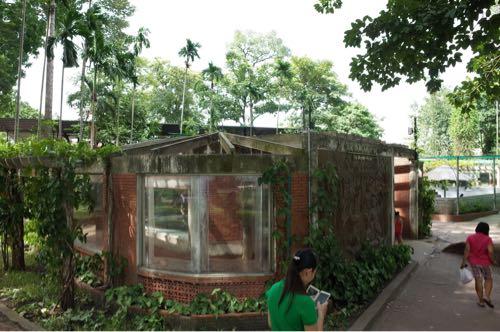 サイゴン動物公園爬虫類