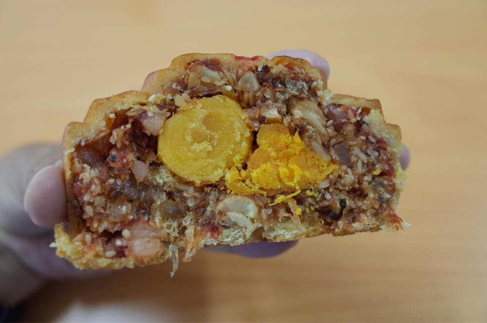 NHU LANのムーンケーキ