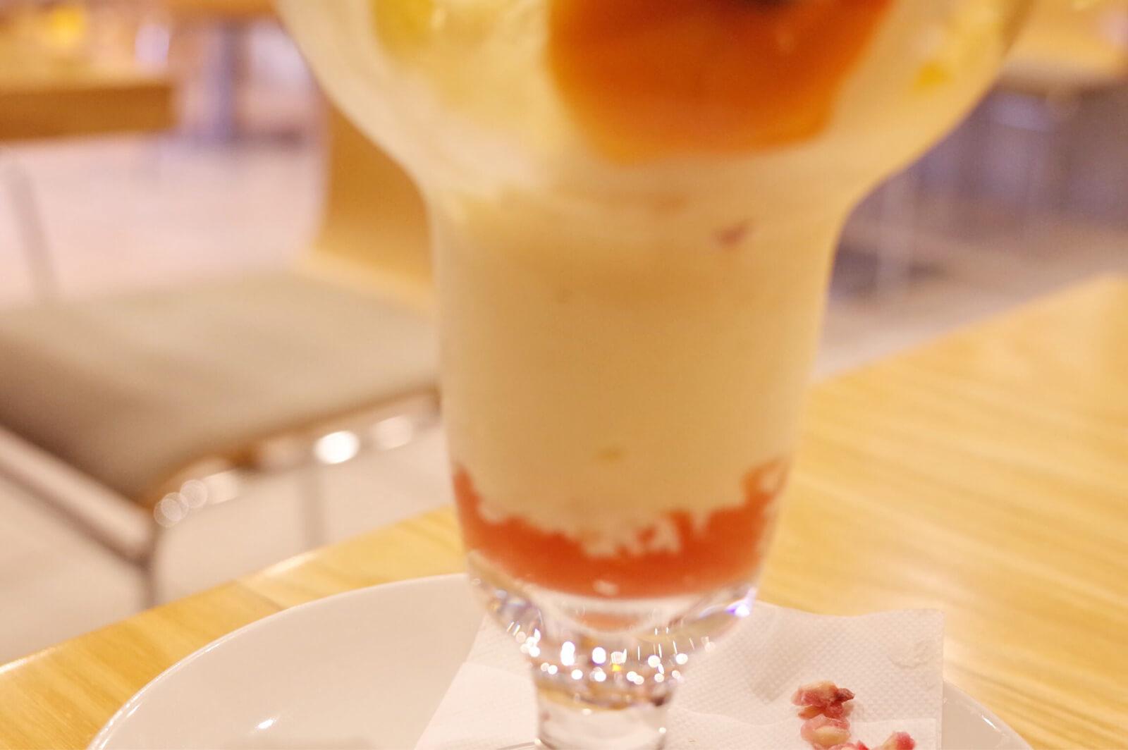 浅草 フルーツパーラーゴトー 本日のフルーツパフェ