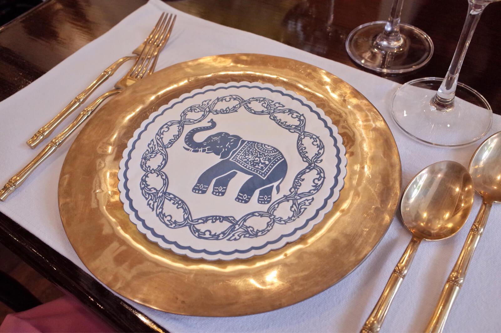 ブルーエレファント バンコク 皿