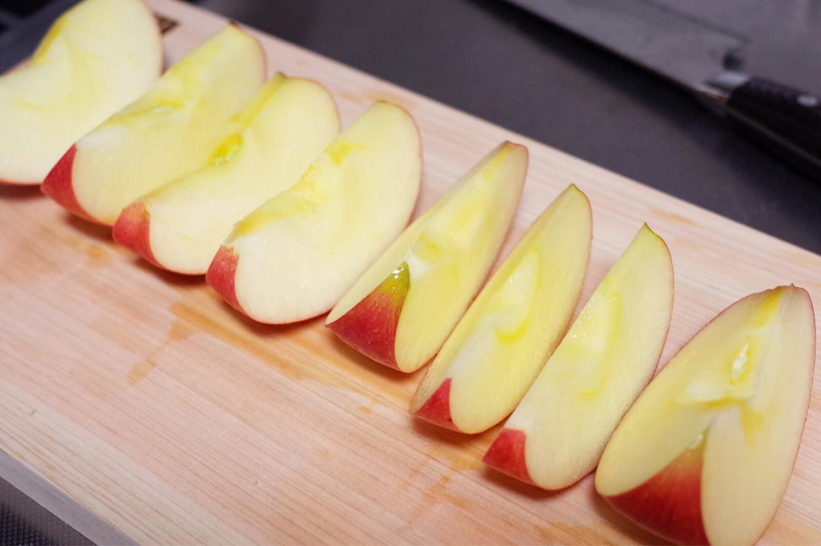 ストウブ STAUB 焼きリンゴ