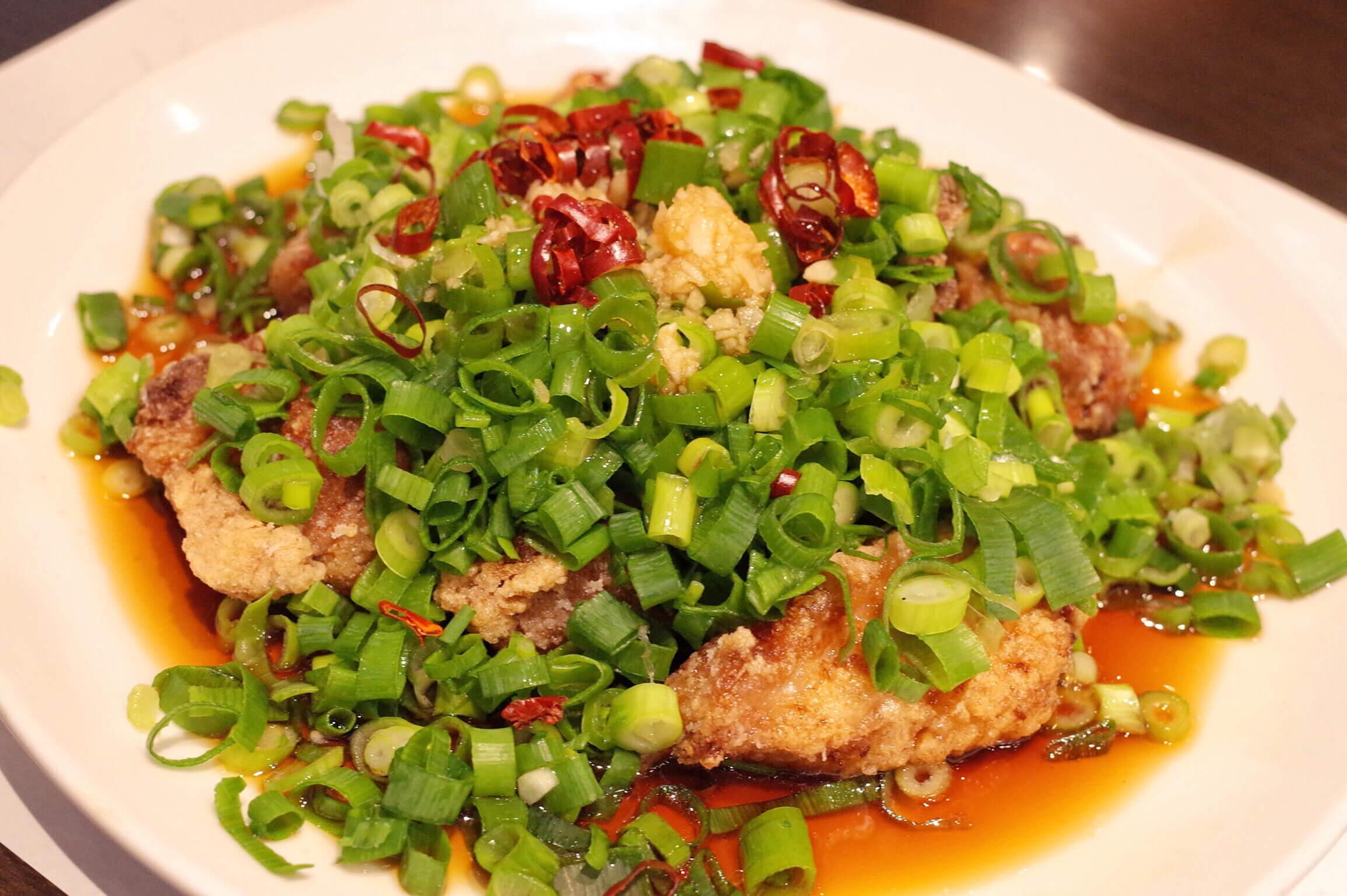 蘭亭 谷町九丁目 | 台湾料理が美味い!ちょっと変わった酢豚と激辛の台湾ラーメンを堪能!