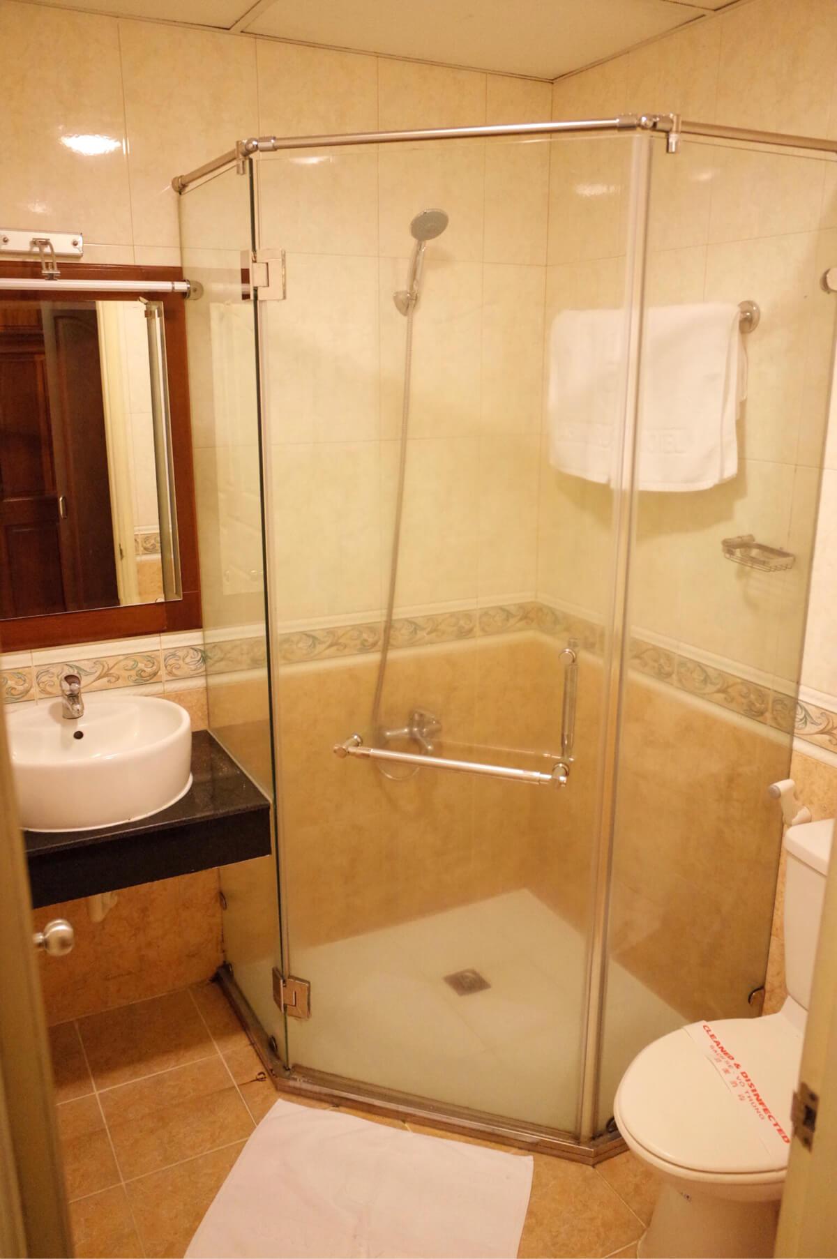 アジアンルビーセントラルホテル ホーチミン バスルーム