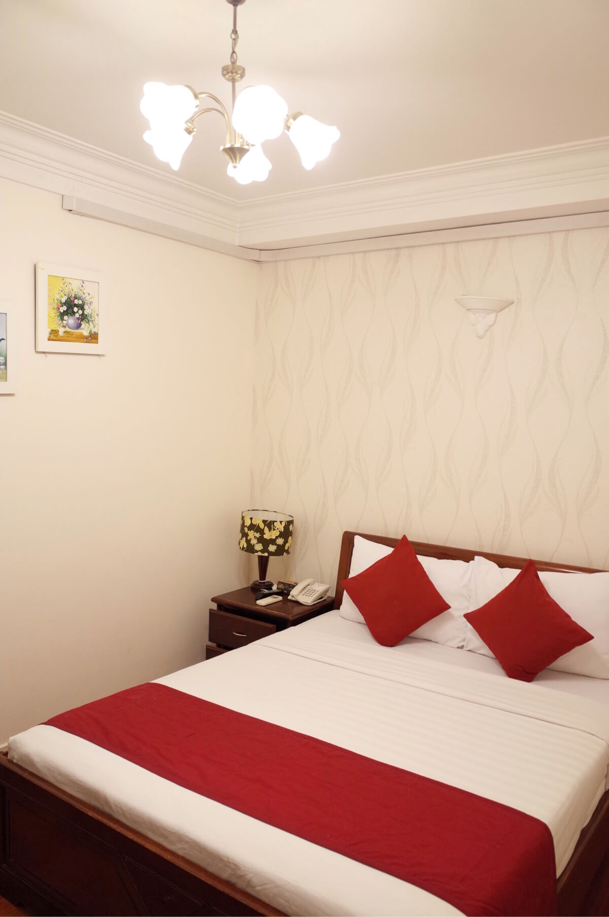 アジアンルビーセントラルホテル ホーチミン ベッド