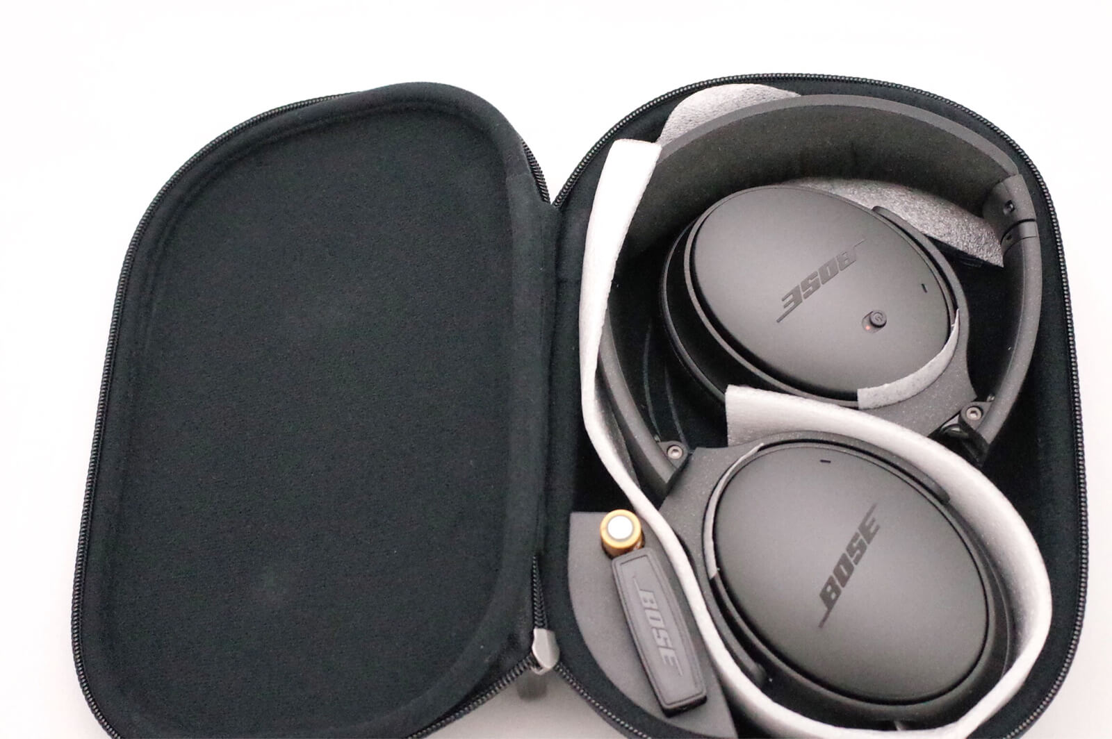 BOSE QuietComfort 25 収納ケース