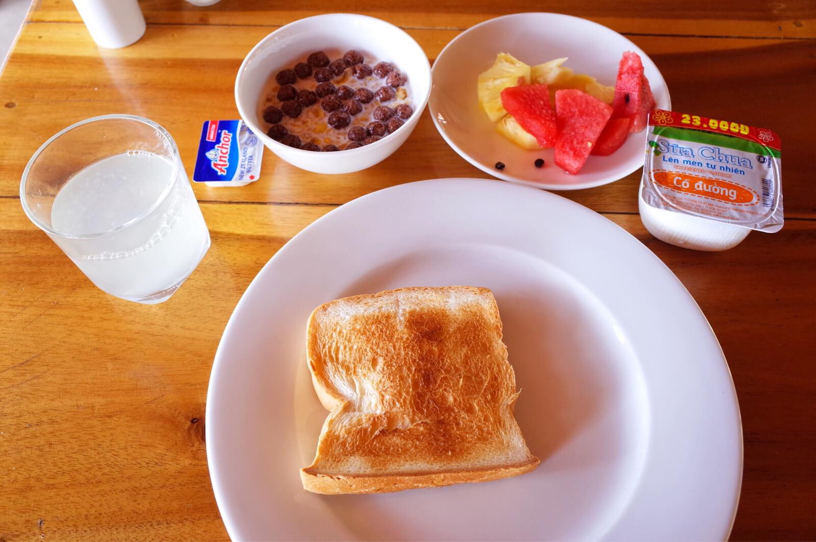 フーコック ワイルドビーチ リゾート 朝食