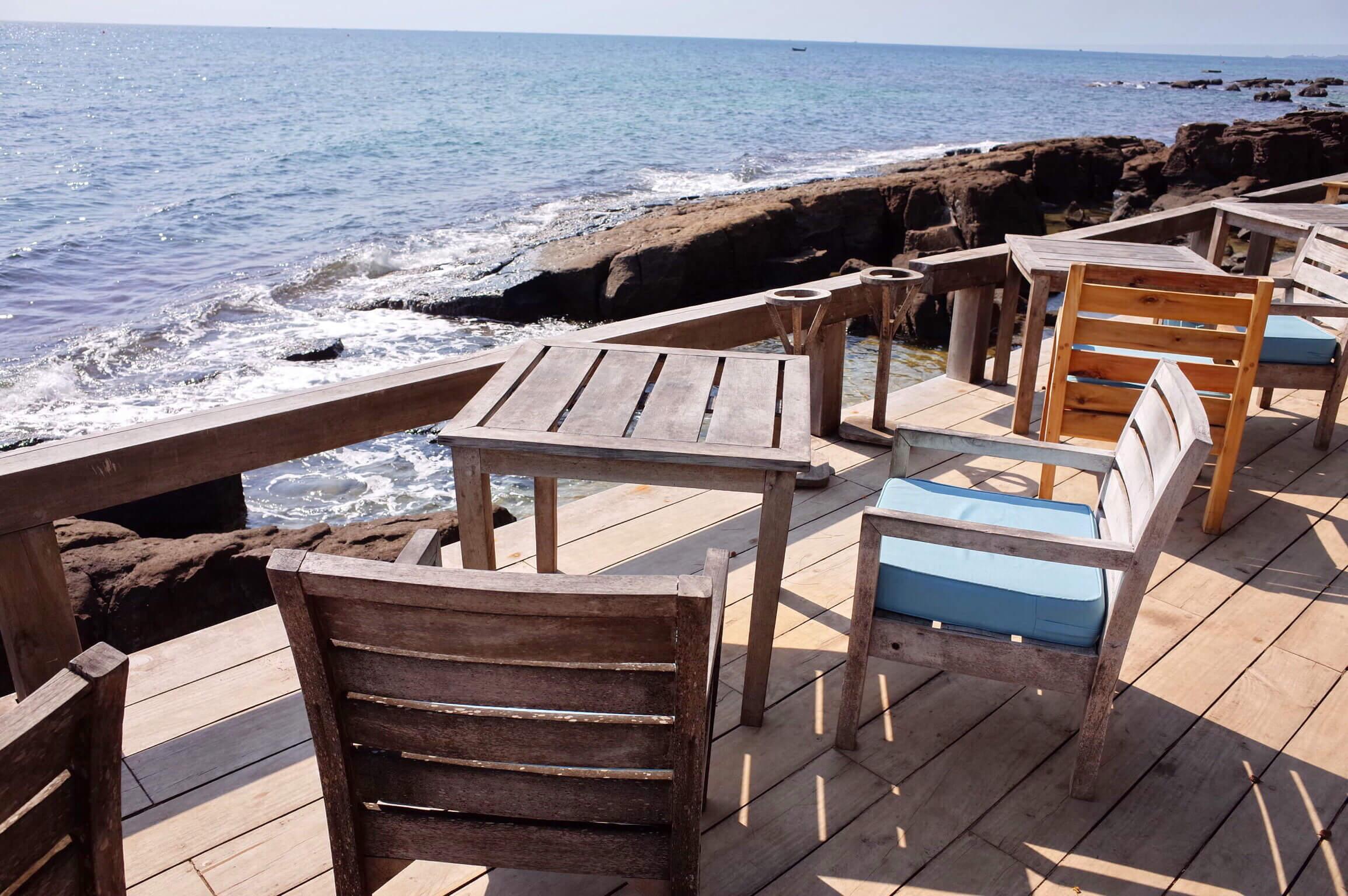 マンゴーベイリゾート | フーコックの海を一番堪能できる絶景レストラン!夕日を見るなら絶対におすすめ!