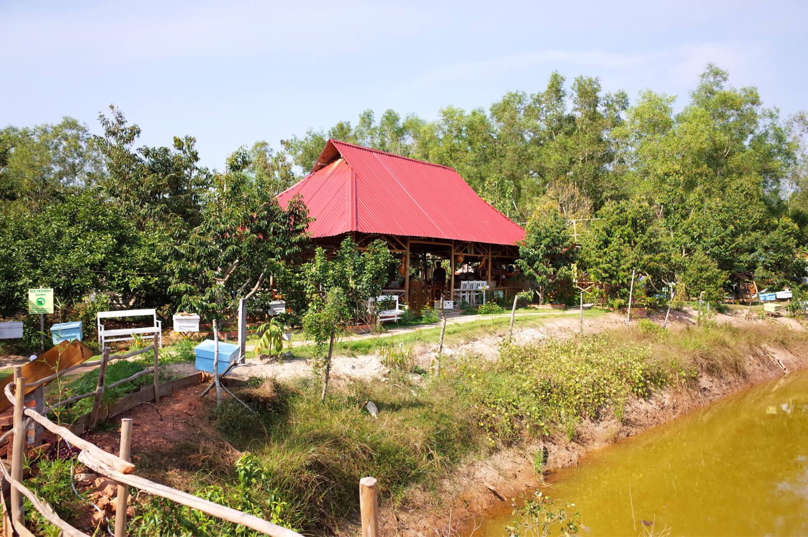 Bee Farm Cafe
