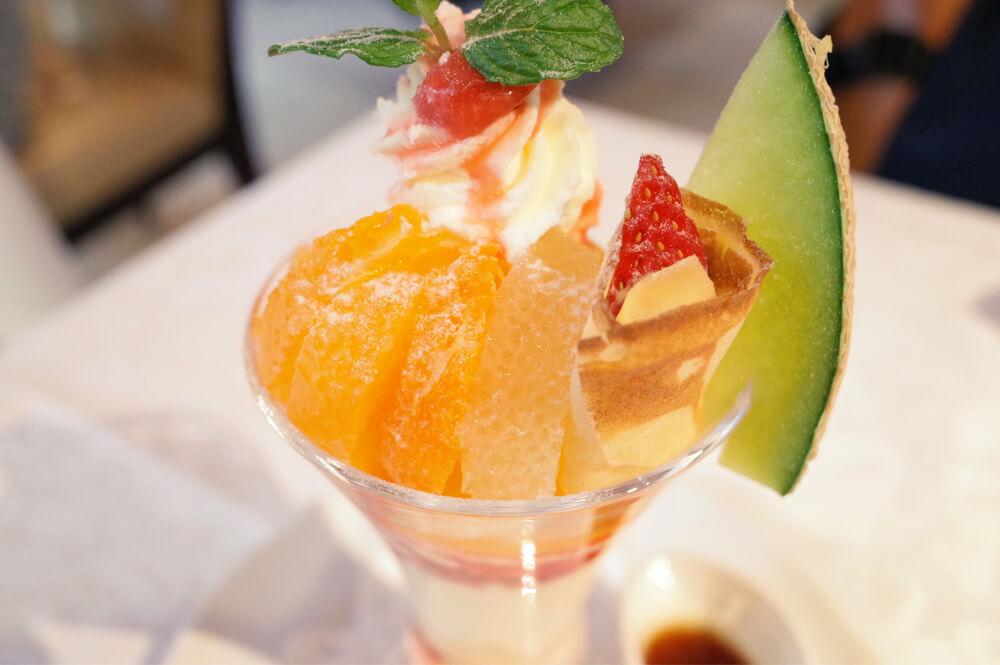 資生堂パーラー 銀座 春の国産フルーツパフェ