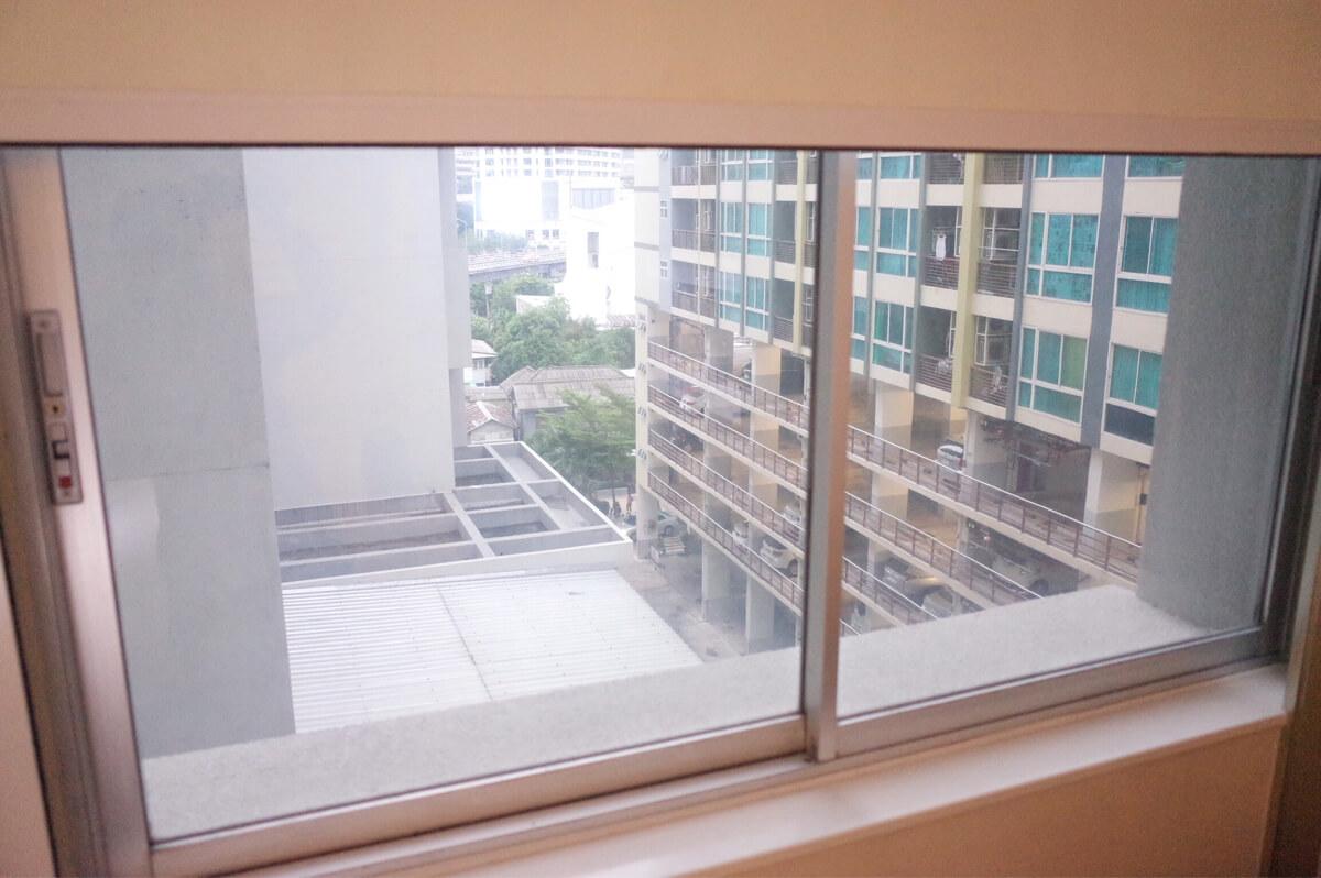 バンコク マンダリンホテル 窓