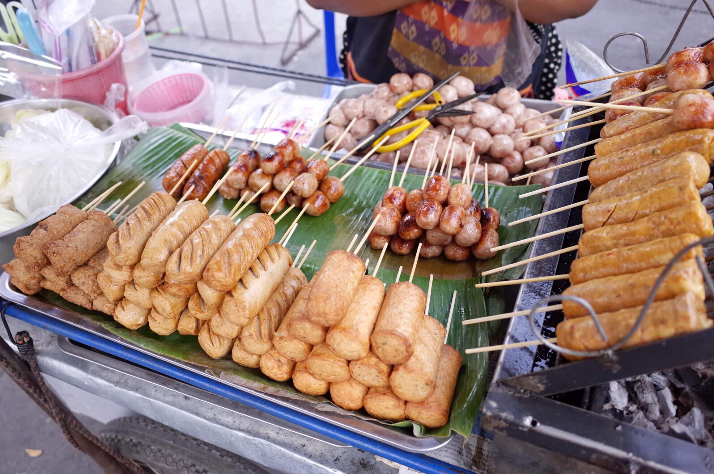バンコク マンダリンホテルの朝食バイキングは高い!サムヤン駅前で買い食いを楽しんだ