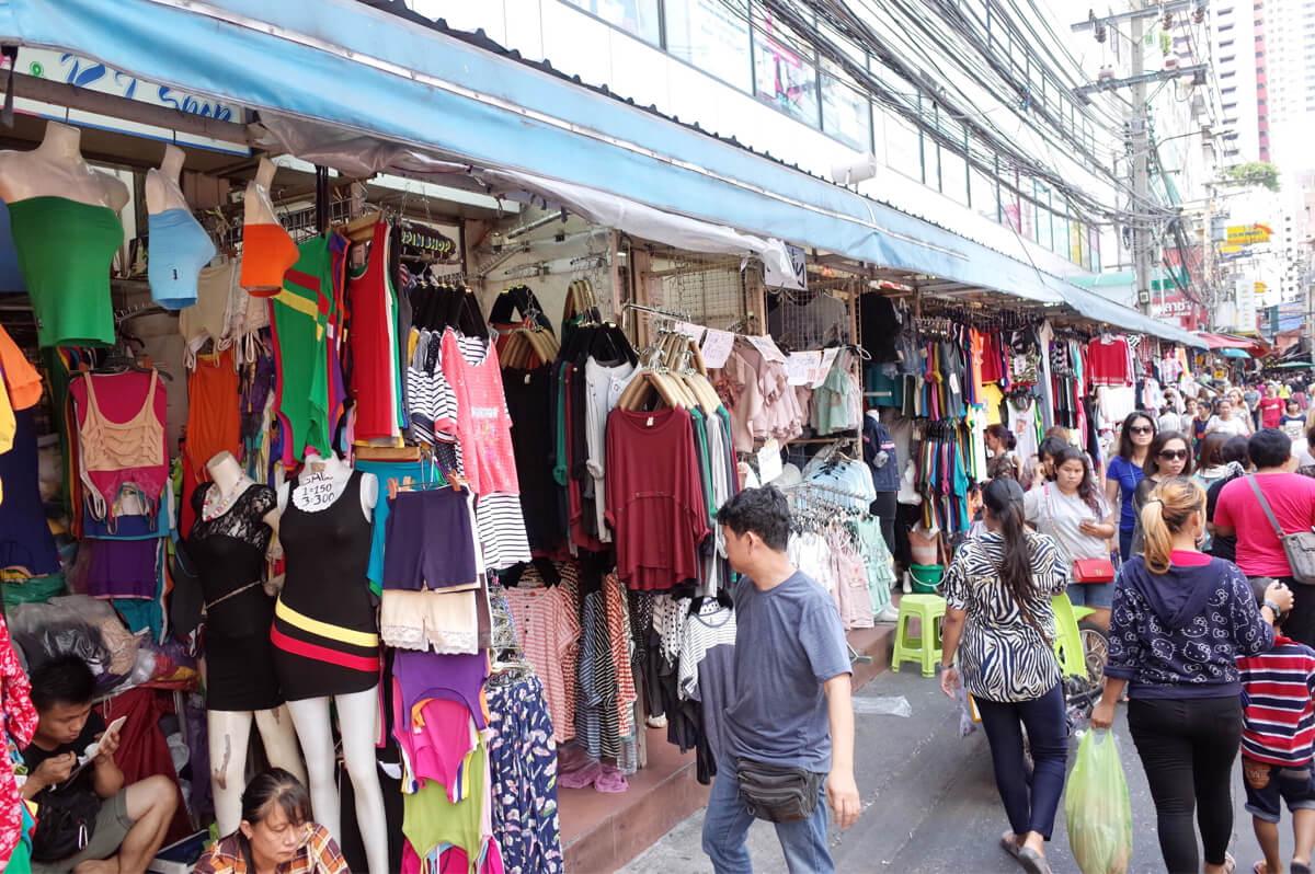 プラトゥーナム市場 バンコク