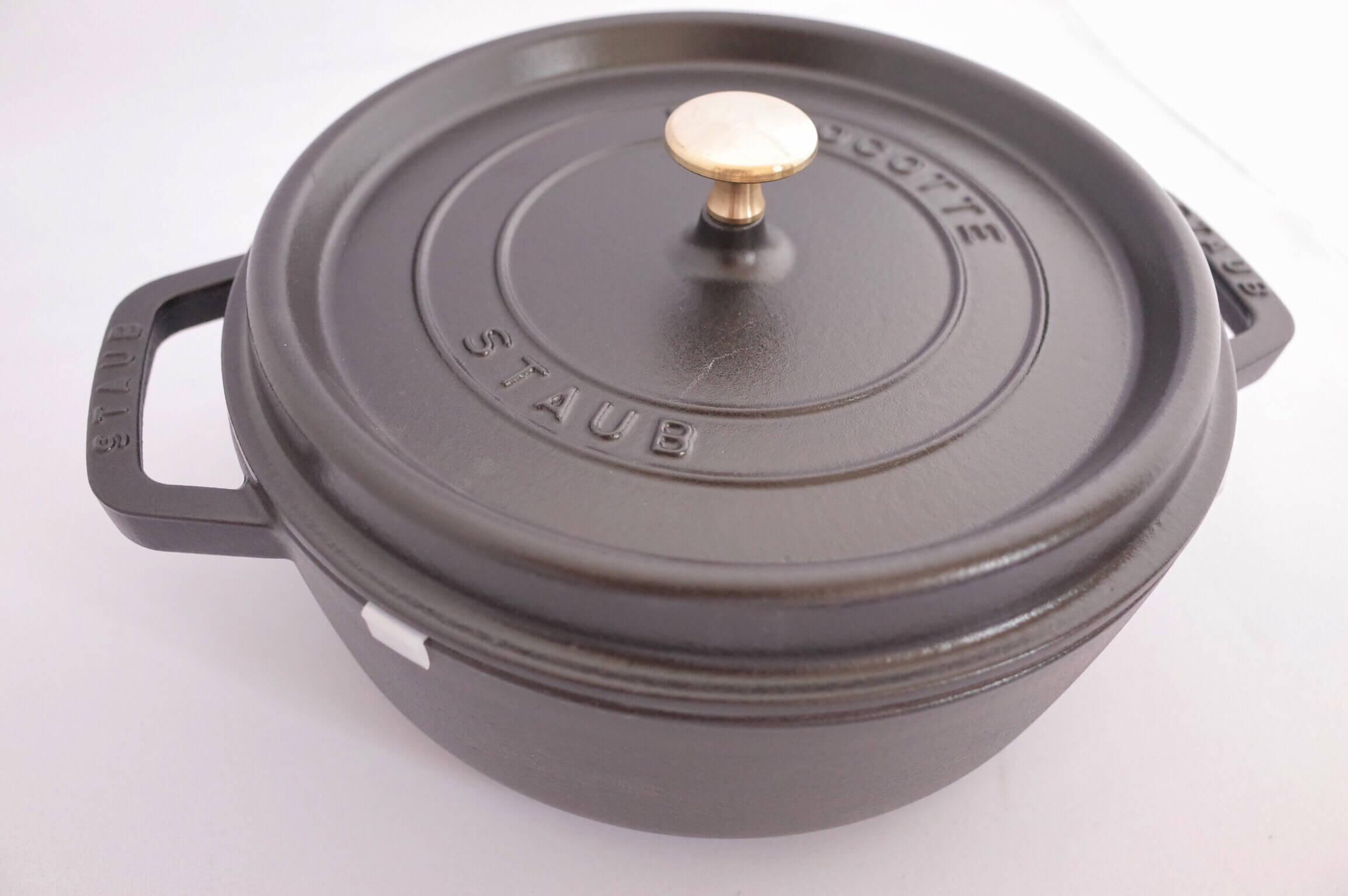 ストウブ シャロー ラウンド ココット26cm 〜 大家族におすすめ!浅めの作りは冬の鍋物にも使える