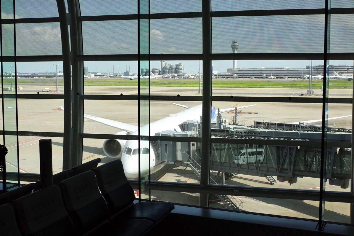 全日空NH841 羽田〜シンガポール エコノミークラス搭乗レポートからイミグレーションまで