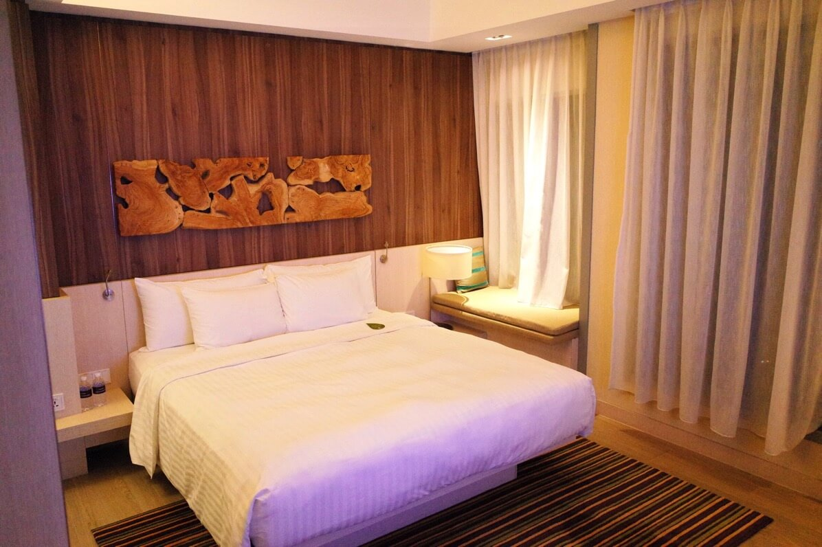 Oasia Hotel Novena【口コミ・宿泊記】シンガポール中心部で料金安くてキレイなホテル!地下鉄直結で観光にも便利