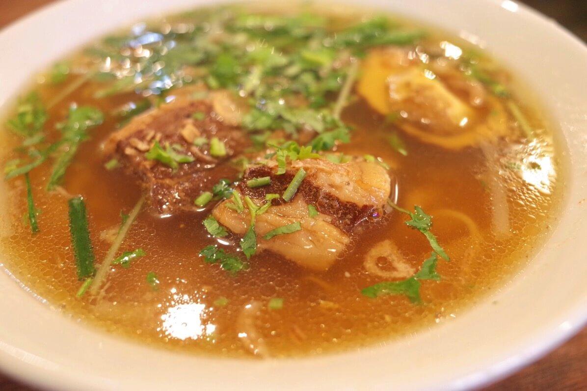 ビアホイチョップ 中野 豚角煮五香粉フォーアップ