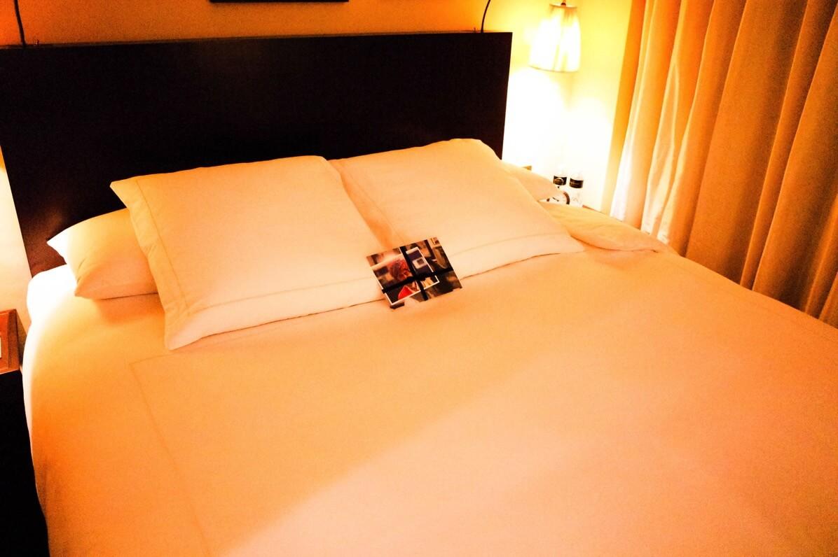 バガボンドのベッド 夜