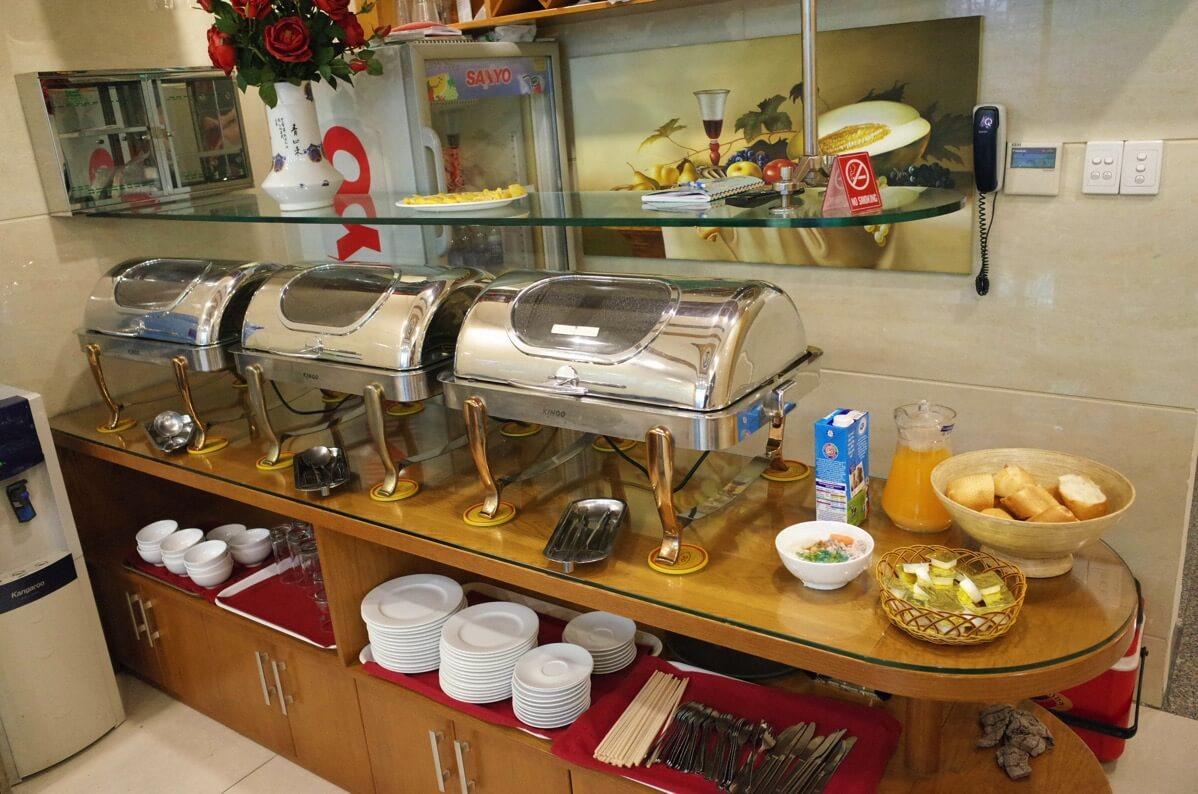 ホアン・プオン・ホテルの朝食