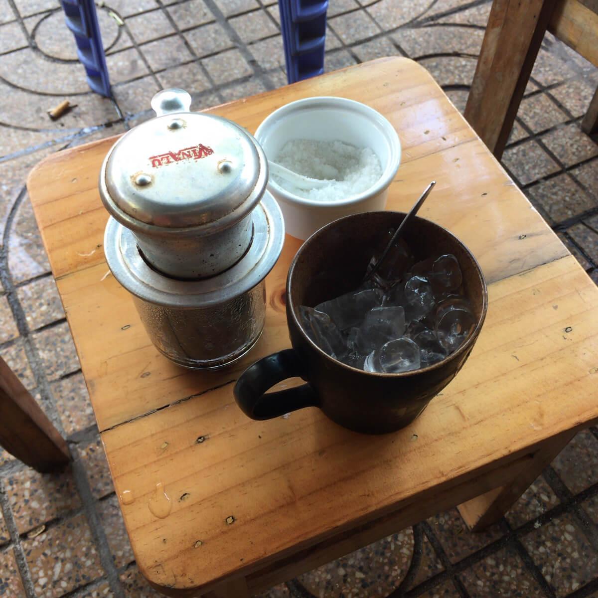 カフェ ホーチミン