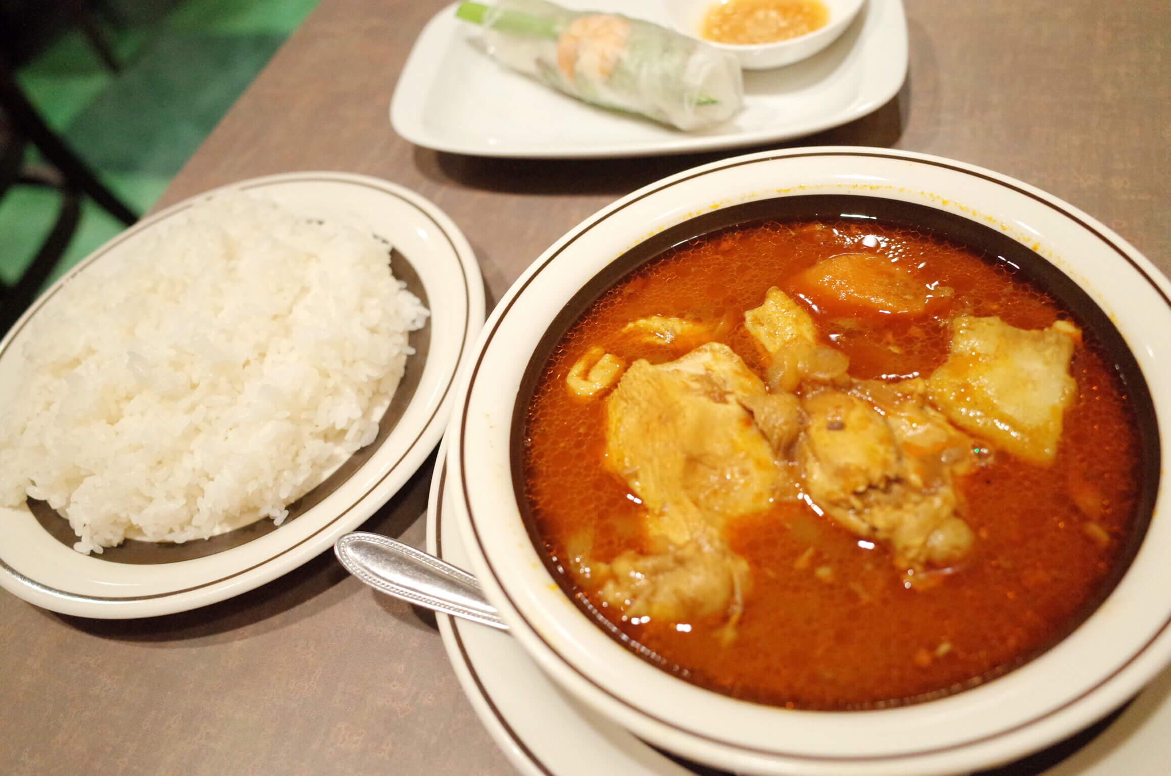 【ティンフック 四谷三丁目】家庭の味が売りのベトナム料理レストランは土曜のランチがお得