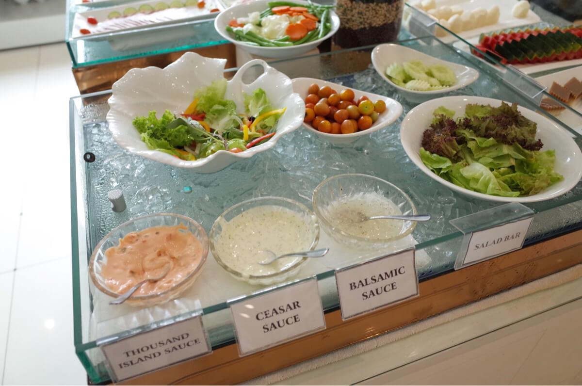 サンライズセントラルホテルのサラダ