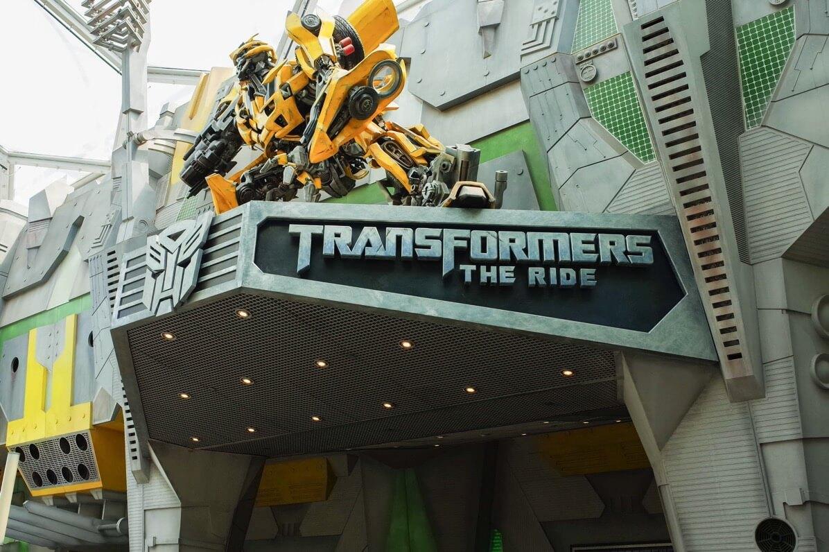 ユニバーサル・スタジオ・シンガポール トランスフォーマーの入り口
