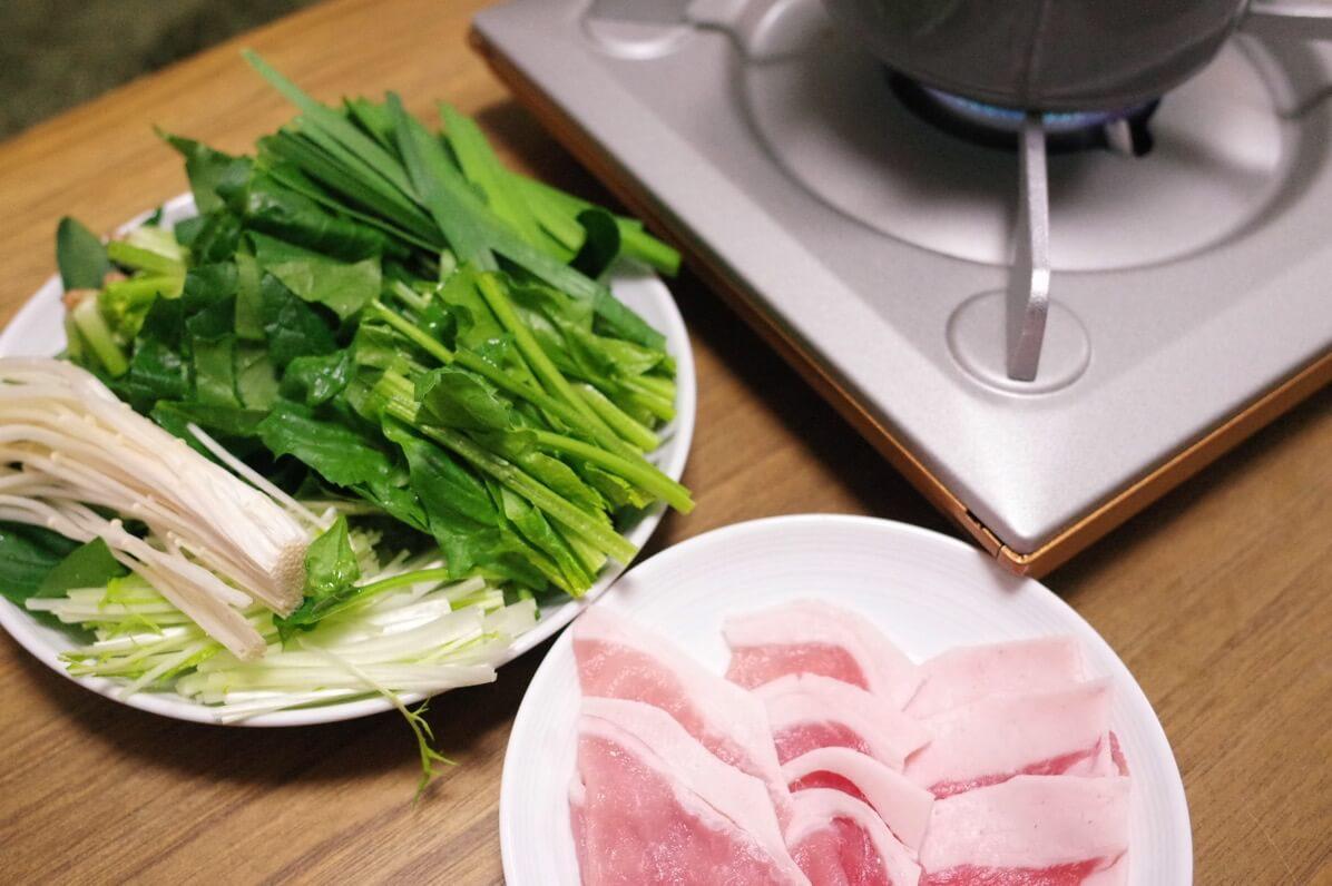 12月が旬の食材 野菜編 〜 根菜類と葉物類がおいしい季節! 鍋だけではもったいですよ