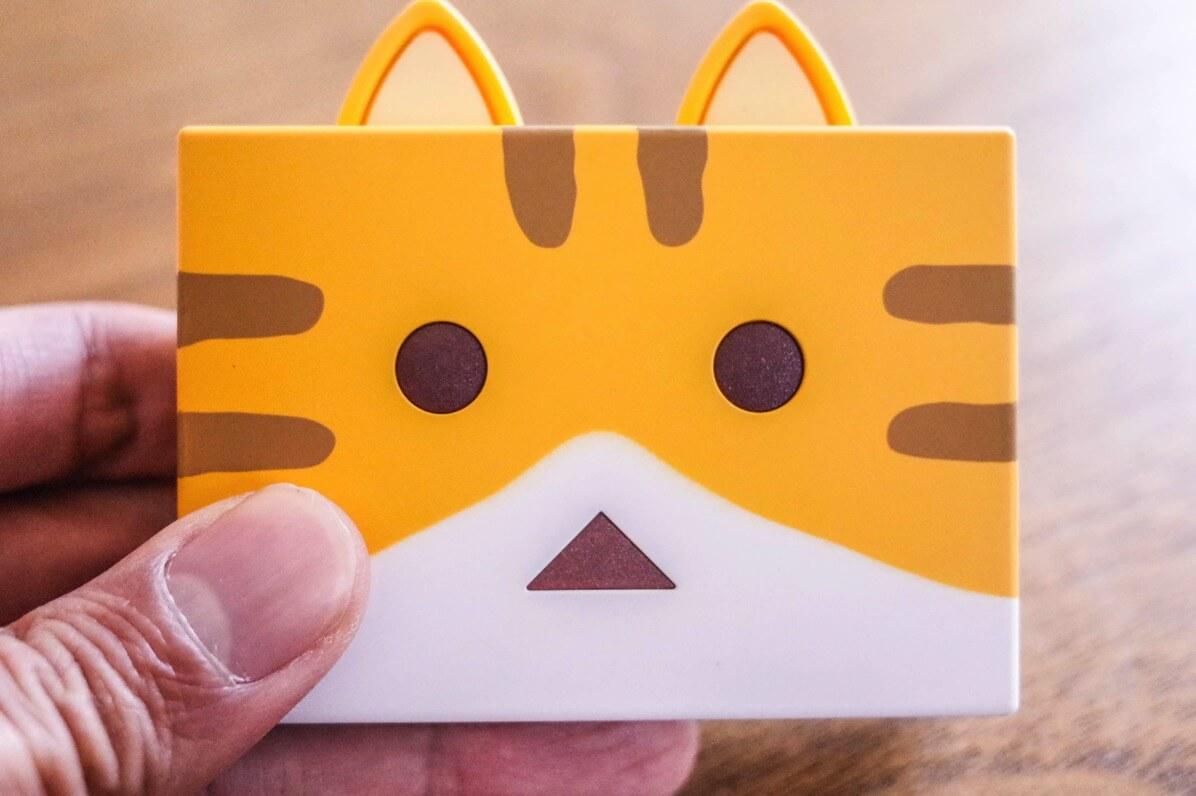 Power Plus nyanboard verのネコの正面顔アップ