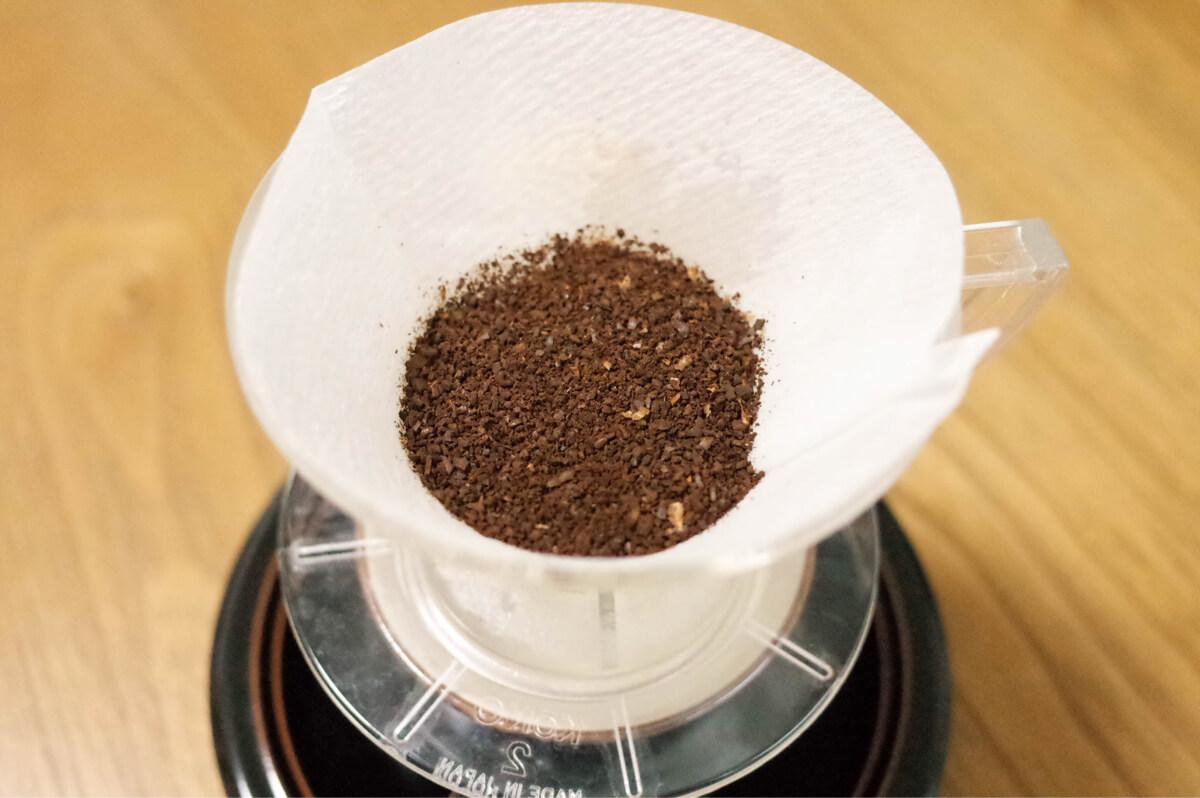 中挽きコーヒー豆
