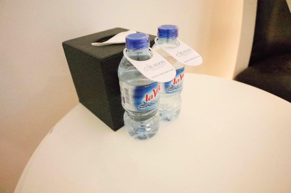 無料のペットボトル