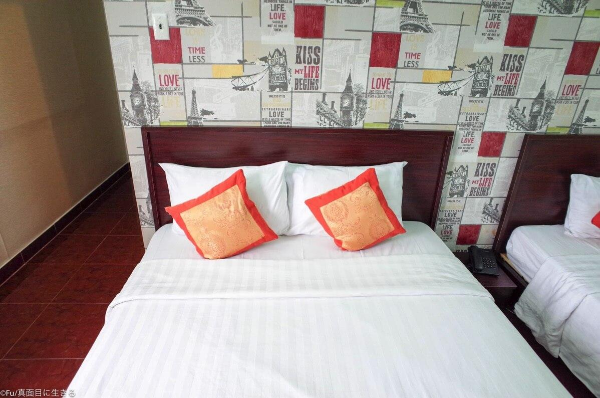 ベッド 枕が二つ
