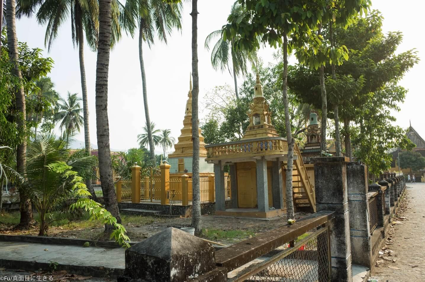 カンポジア寺院