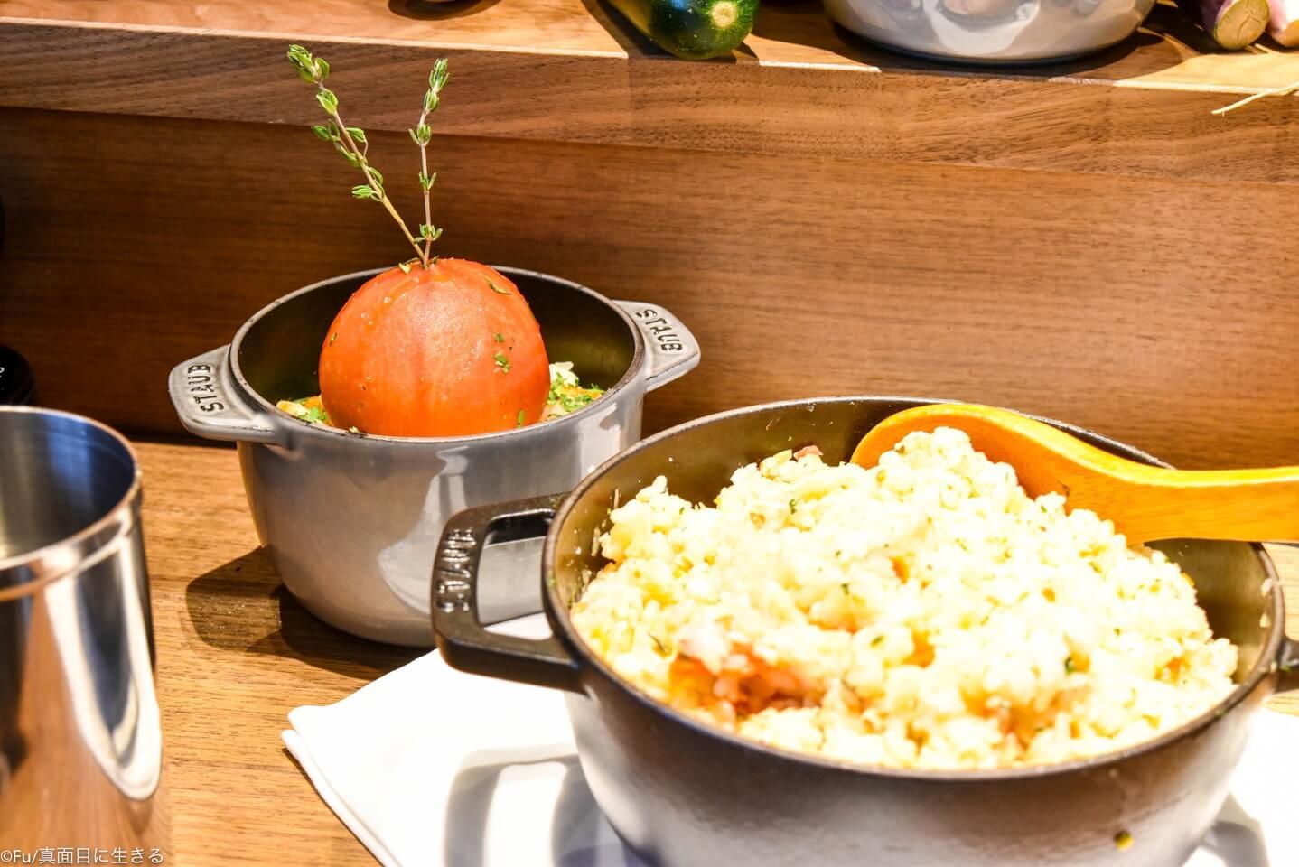 カニとトマトの炊き込みご飯
