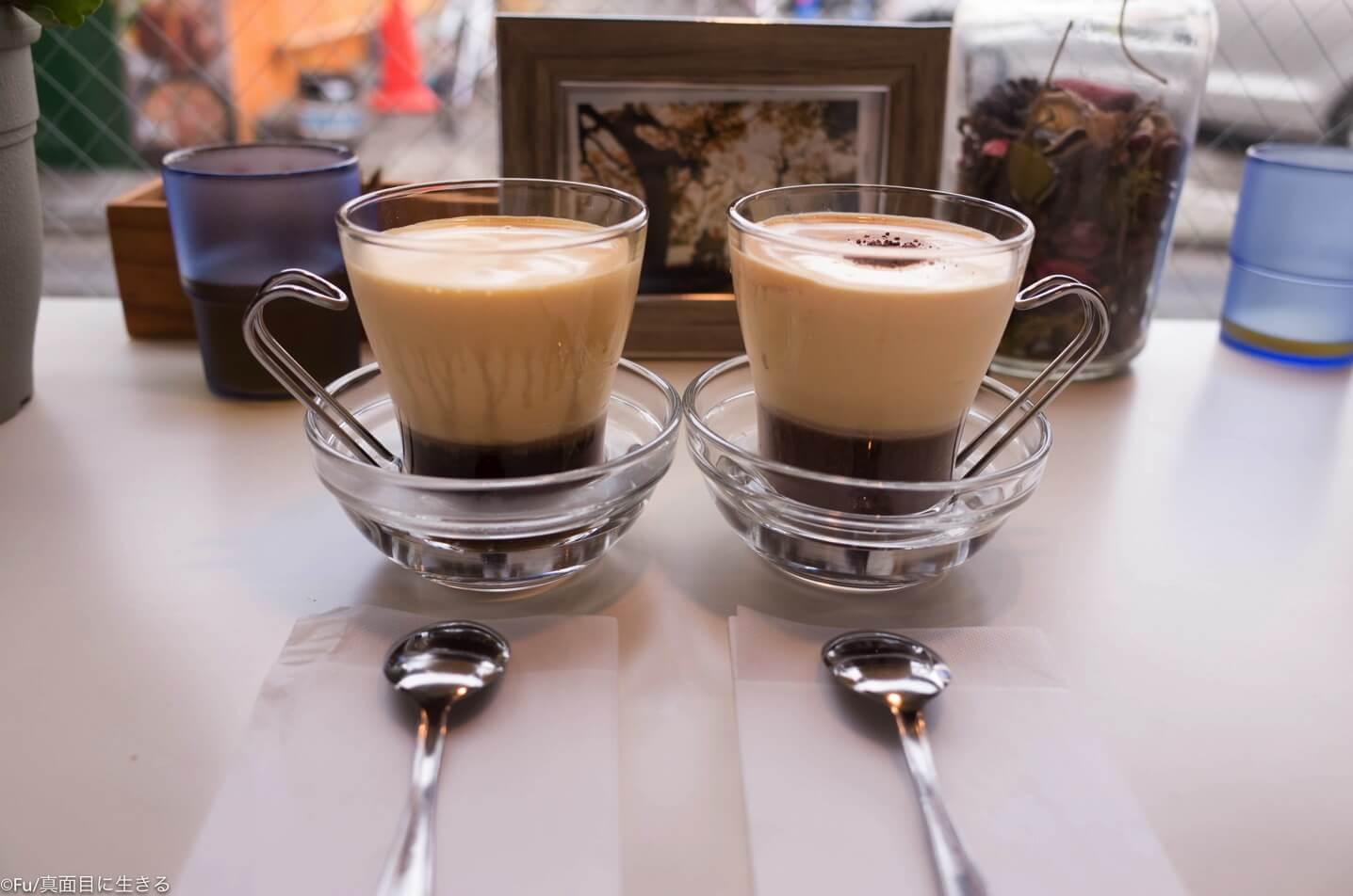エッグコーヒー 横から見た