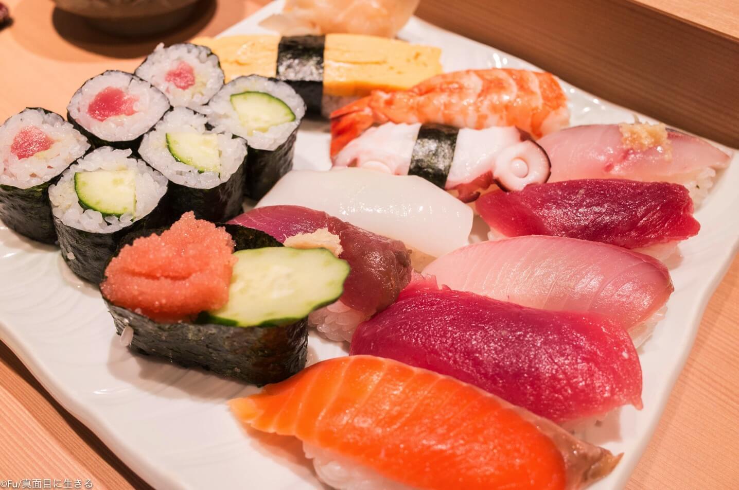 新宿 寿司屋「鮨丸」ランチのコストパフォーマンス高く、ビックロ近くで便利