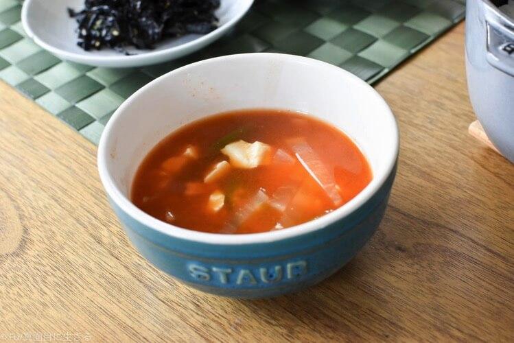 辛いスープ