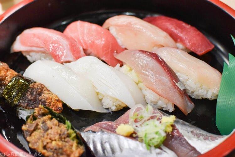 「廻転寿司 海鮮」三浦海岸駅 みさきまぐろきっぷを使ってマグロ・地魚ランチ