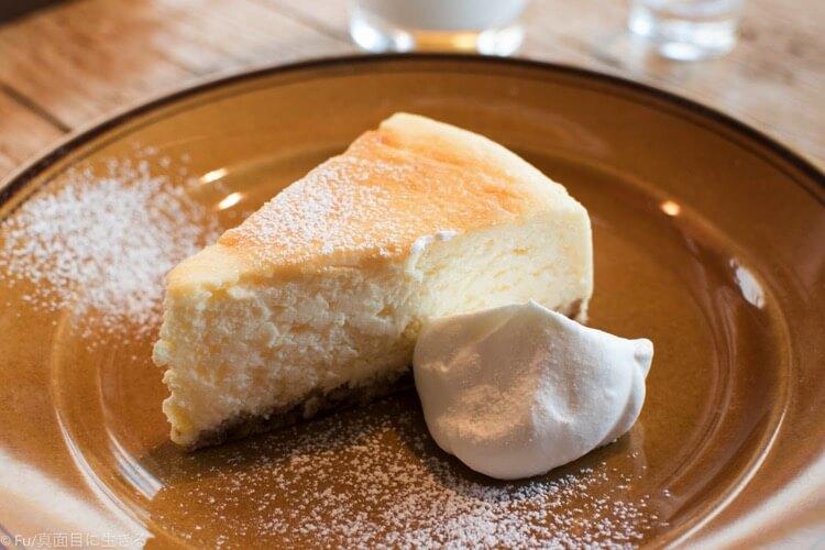 ステーションカフェ バーゼルのチーズケーキ