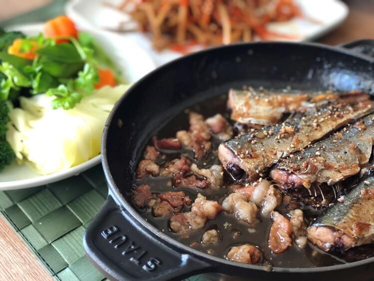 秋刀魚と豚肉の炒め物