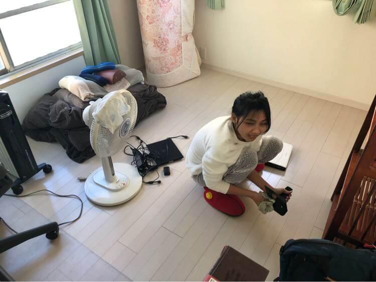 大掃除する嫁