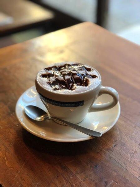 カフェで一服