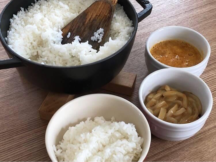 白米と塩辛と納豆卵