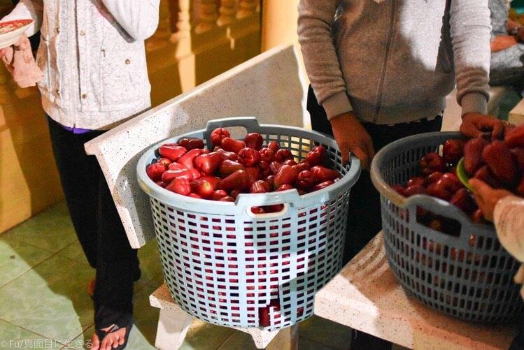 果物の配布