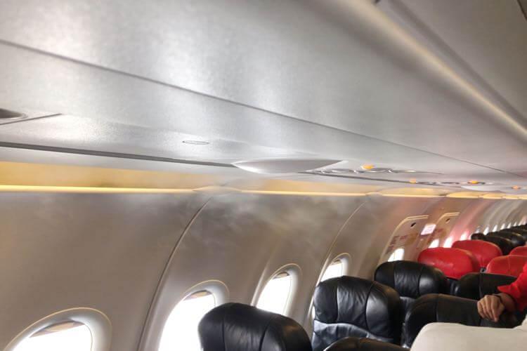 機内のエアコン