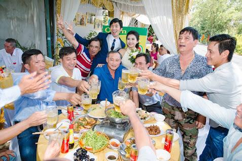 ベトナム人の結婚式・披露宴 ご祝儀はいくら払う? 相場は?