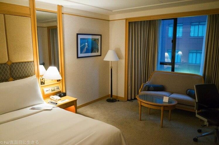 ルネッサンス リバーサイドホテル サイゴン 部屋の中