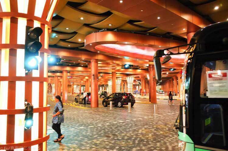 ユニバーサルスタジオシンガポール 駐車場