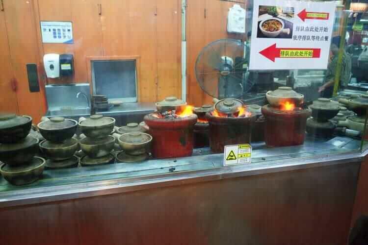 ユニバーサルスタジオシンガポール  フードコート土鍋ご飯