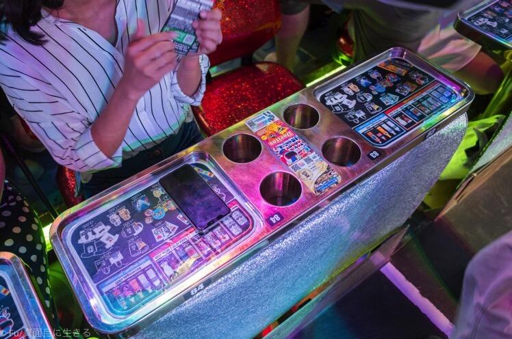 ロボットレストラン  ショーのテーブル